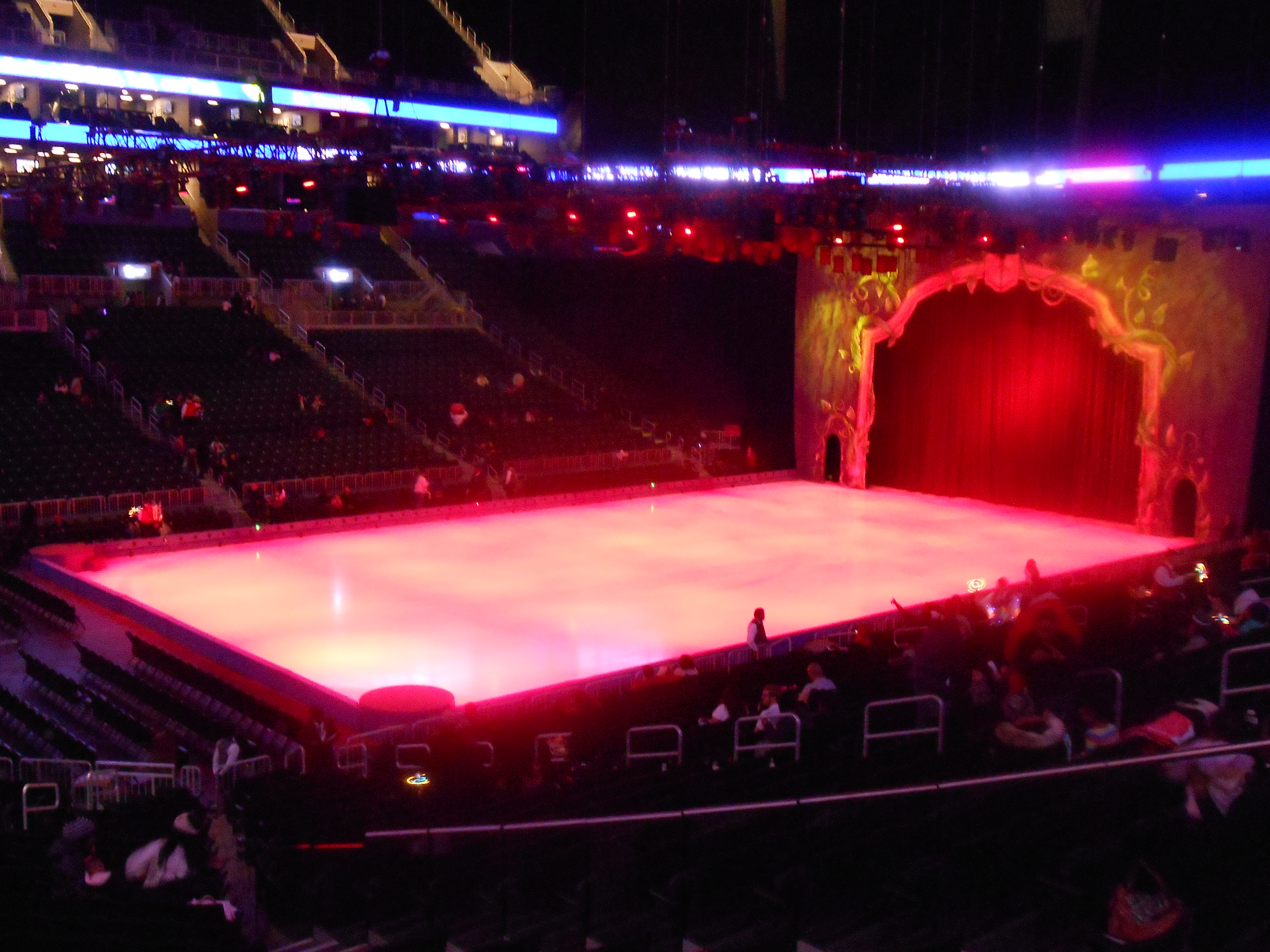 Disney on ice treasure trove dress dine sparkle for The barclay