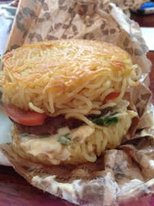 ramenburger_closeup