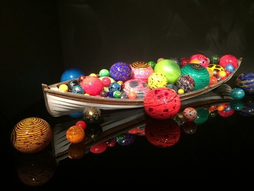 Seattle Chihuly Boat.JPG
